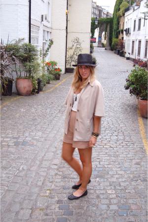 vintage jacket - American Apparel shirt - vintage shorts - forever 21 hat - Stev