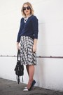 Blue-j-crew-via-crossroads-sweater-black-joelle-hawkens-bag