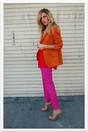 red Crossroads Trading Co top - hot pink thrifted vintage pants - burnt orange V