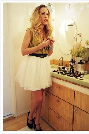 chartreuse vintage shirt - black Forever 21 heels - silver Forever 21 bracelet -