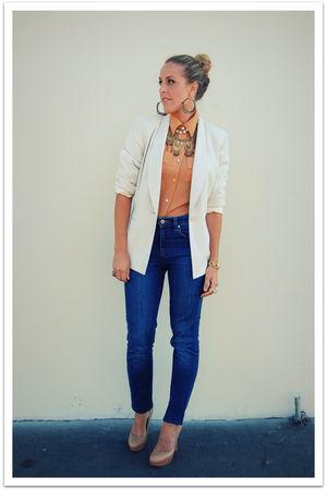 beige vintage shirt - white vintage jacket - blue Silence & Noise jeans - beige