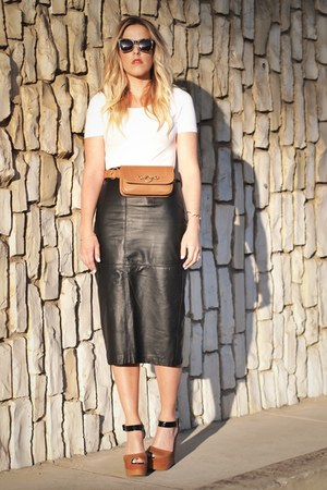 brown Hipsters for sisters bag - black thrifted skirt - white H&M top