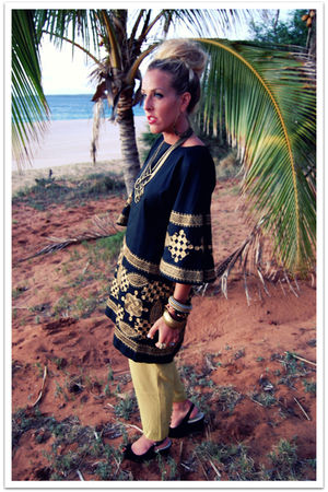 black vintage dress - green vintage pants - gold loehmanns necklace