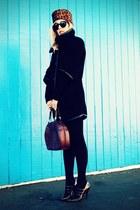 brown vintage hat - black Nine West jacket