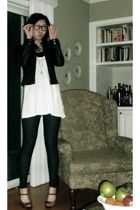 Bebe jacket - forever 21 top - Romeo & Juliet Couture leggings - shoes - Urban O