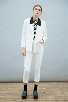 THE WHITEPEPPER blazer - THE WHITEPEPPER shoes - THE WHITEPEPPER pants