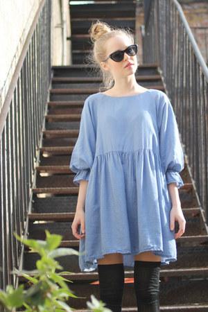 sky blue THE WHITEPEPPER dress