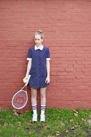 navy polka dots THE WHITEPEPPER dress