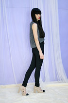 Charcoal Gray Crop Top THE WHITEPEPPER Tops