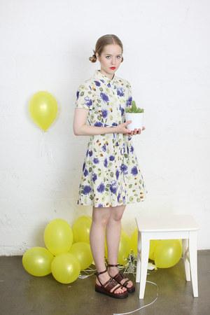 tea dress vintage dress - buckle THE WHITEPEPPER sandals