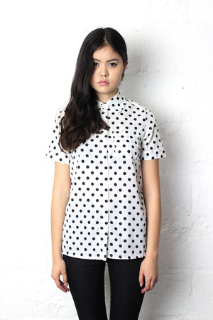 button-up THE WHITEPEPPER shirt