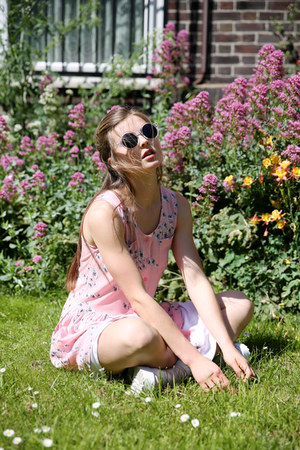 THE WHITEPEPPER dress - THE WHITEPEPPER socks - THE WHITEPEPPER sunglasses