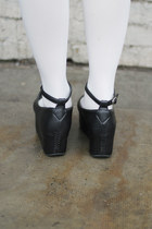 Black THE WHITEPEPPER Wedges