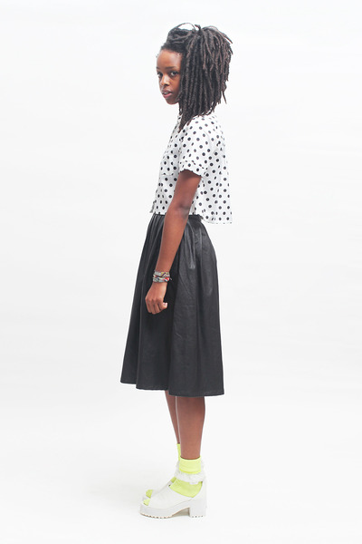 THE WHITEPEPPER skirt - polka dot crop THE WHITEPEPPER shirt