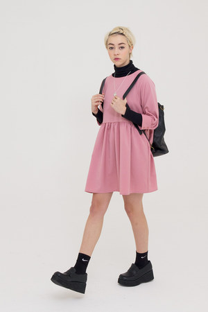 bubble gum THE WHITEPEPPER dress - black THE WHITEPEPPER bag