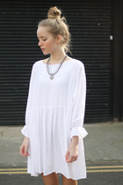 white cotton THE WHITEPEPPER dress