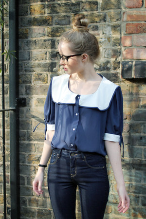 navy THE WHITEPEPPER blouse