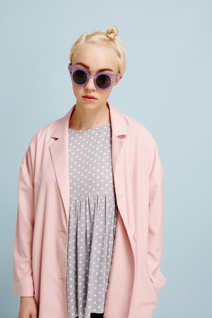 THE WHITEPEPPER jacket - THE WHITEPEPPER jeans - THE WHITEPEPPER sunglasses
