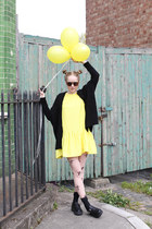 yellow THE WHITEPEPPER dress - neutral THE WHITEPEPPER tights