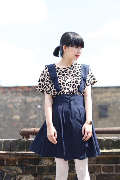 navy THE WHITEPEPPER dress