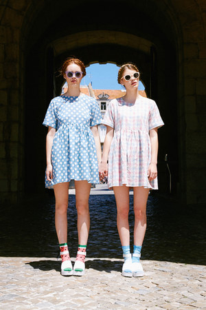 THE WHITEPEPPER dress - bubble gum THE WHITEPEPPER dress