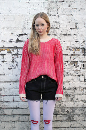 red knit THE WHITEPEPPER sweater