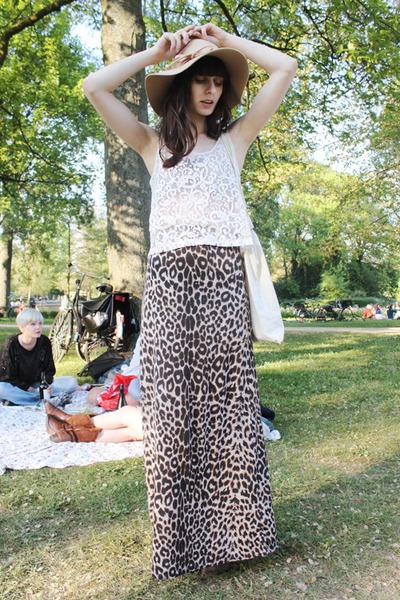 ivory H&M top - brown Primark skirt