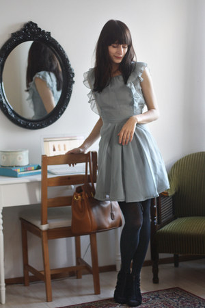 tawny bag - sky blue Primark dress