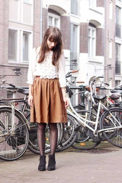 ivory Primark blouse - black Deichmann shoes - burnt orange H&M skirt