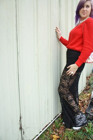 red vintage vintage sweater - white alexis boot Jeffrey Campbell boots
