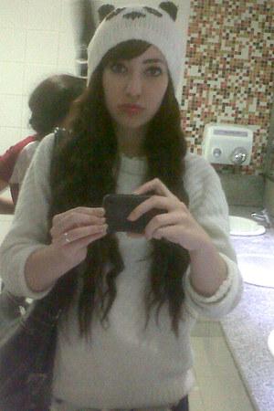 ivory hat