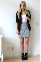 H&M t-shirt - H&M skirt - H&M blazer - DSquared shoes