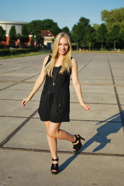 black Monki jumper - black Zara clogs