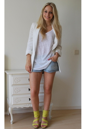 yellow Zara shoes - white boyfriend Zara blazer - blue jeans Only shorts