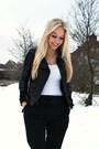 Black-harem-pants-white-h-m-t-shirt-black-h-m-boots-mango-jacket