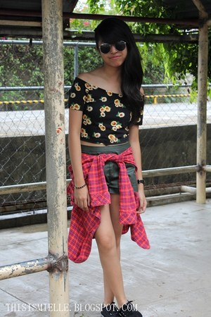 sunflower print Forever 21 top - Levis shirt - leather Forever 21 shorts