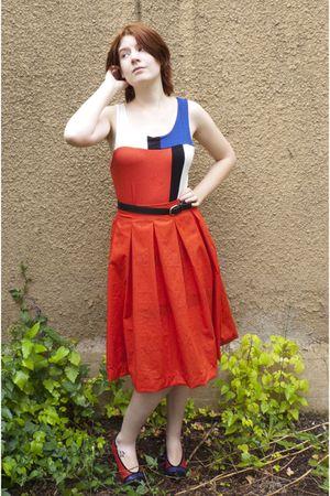 red handmade skirt