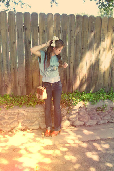 brown vintage American Eagle clogs - turquoise blue crop reconstructed shirt