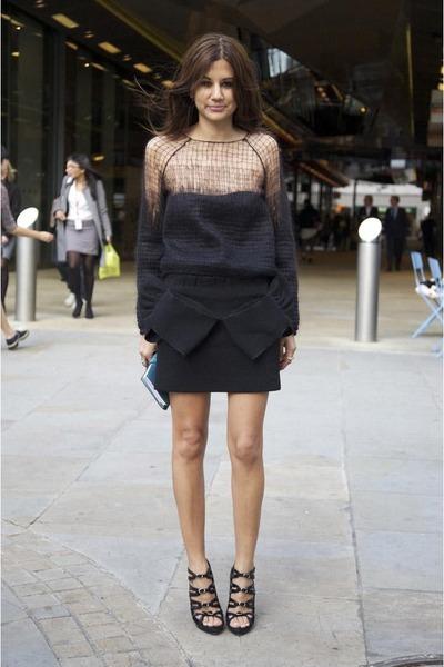 black shirt - black skirt
