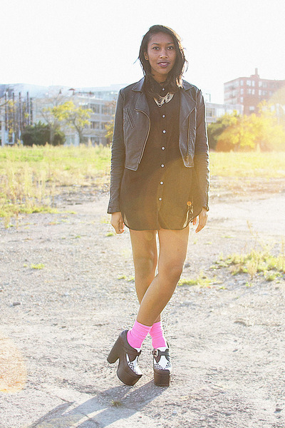 black American Apparel top - black warning Jeffrey Campbell shoes