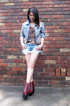 lion top - platforms Jeffrey Campbell shoes - studded shorts