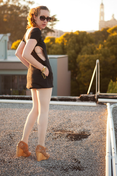 linen Seneca Rising dress - wedges sam endelman shoes - sweater H&M tights
