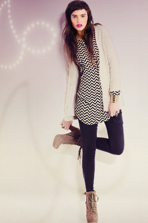 gold bracelet - tan boots - black dress - navy pants - silver ring