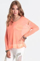 peach slit top