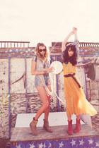 Dancing Free