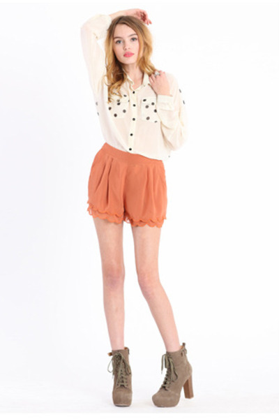 burnt orange scalloped shorts