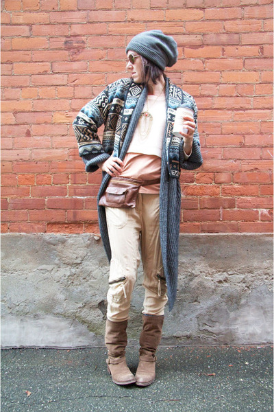 tribal print Thrift Store jacket - peach cropped H&M sweater