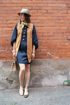 navy Sirens dress - beige Jcrew hat - bronze ballet Aldo flats