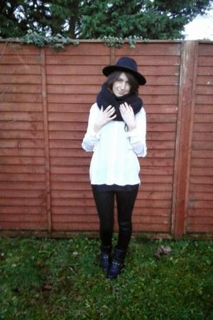 black H&M hat - black River Island leggings - black Zara scarf