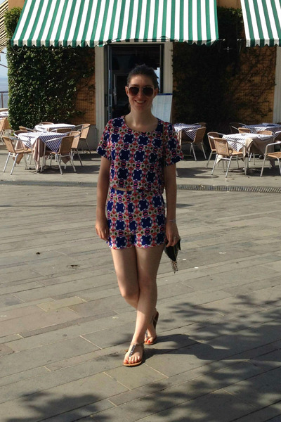 navy two piece Catch clothing shorts - navy Primark bag